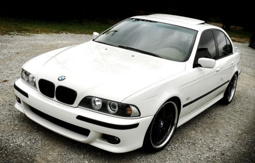 M BODY KIT FOR BMW 5er (2011+) F10